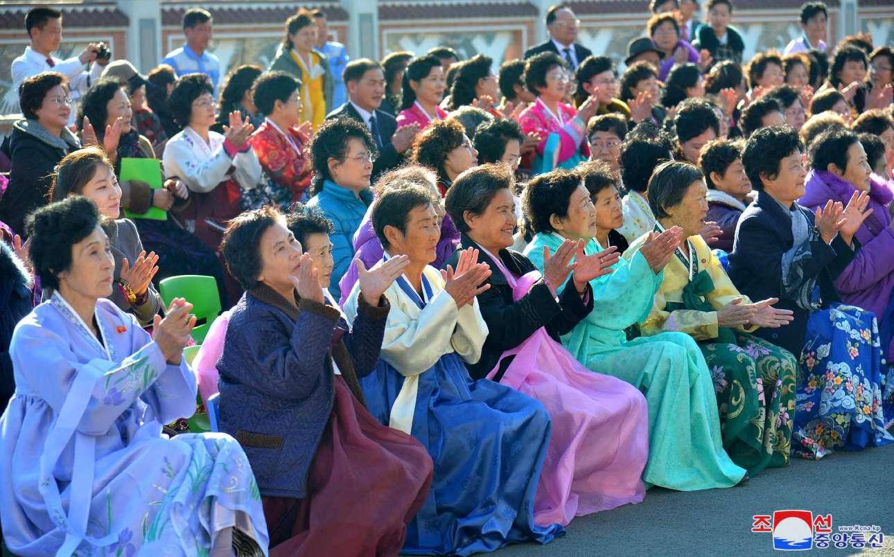 Εκδήλωση σε γηροκομείο της Πιονγιάνγκ της Βόρειας Κορέας για την Διεθνή Ημέρα της Γυναίκας