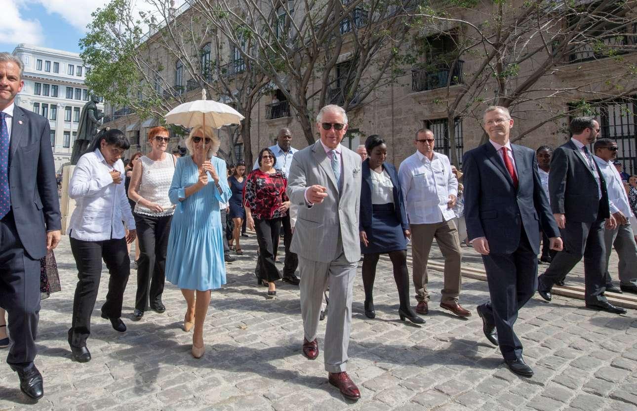 25 Μαρτίου: η πρώτη βόλτα του ζεύγους στην Αβάνα ως τελευταία φωτογραφία του gallery: «Θα ξανάρθουμε, οπωσδήποτε!»