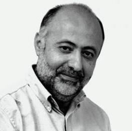Δημήτρης Τσιόδρας