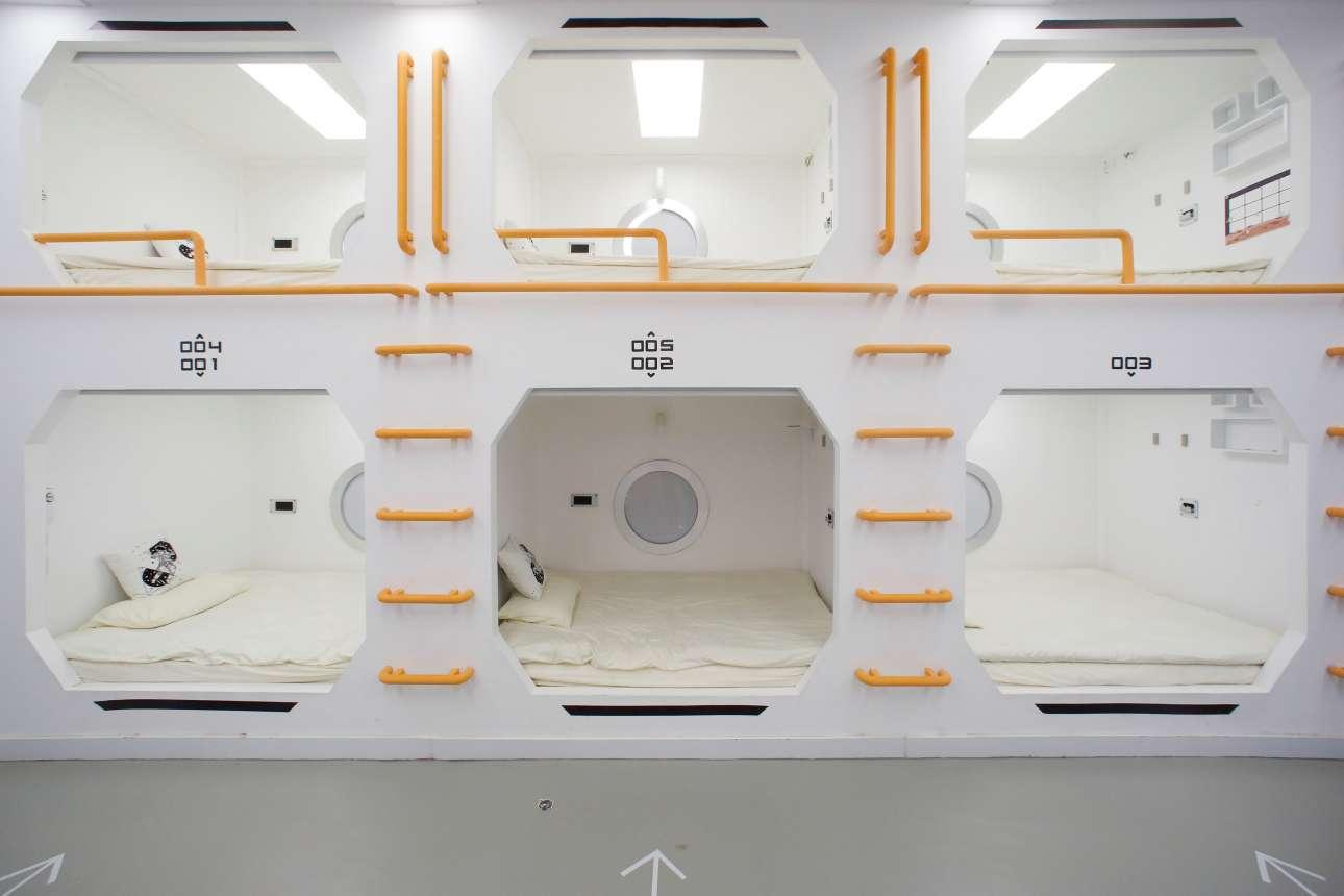 «Κάψουλες» ύπνου μέσα στο «Mars Base 1»