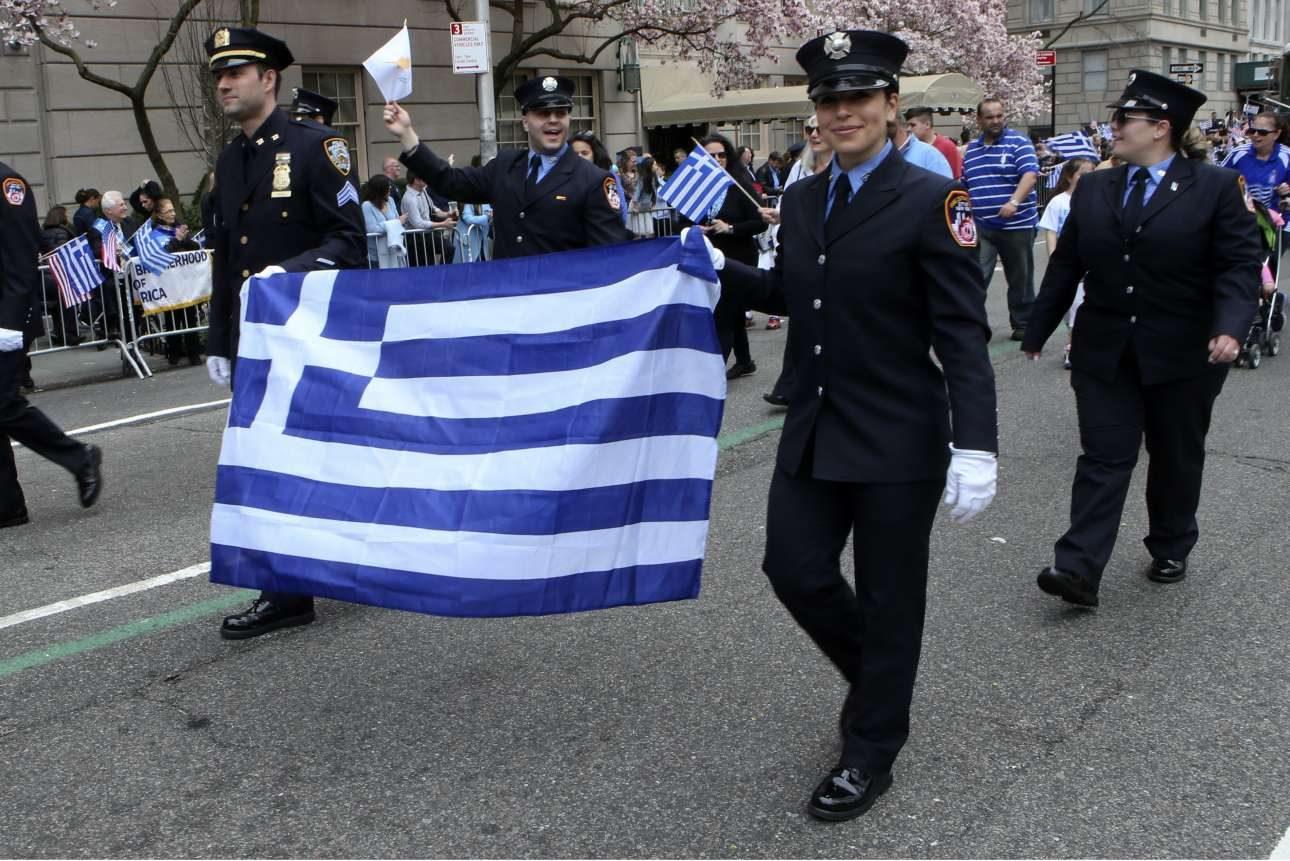 Οι ελληνικές σημαίες ήταν παντού
