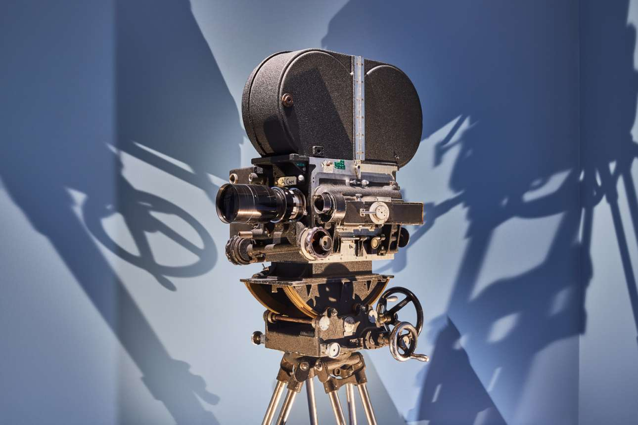 Η κάμερα BNC Mitchell με φακούς Zeiss που χρησιμοποιήθηκε στην ταινία εποχής «Μπάρι Λίντον»