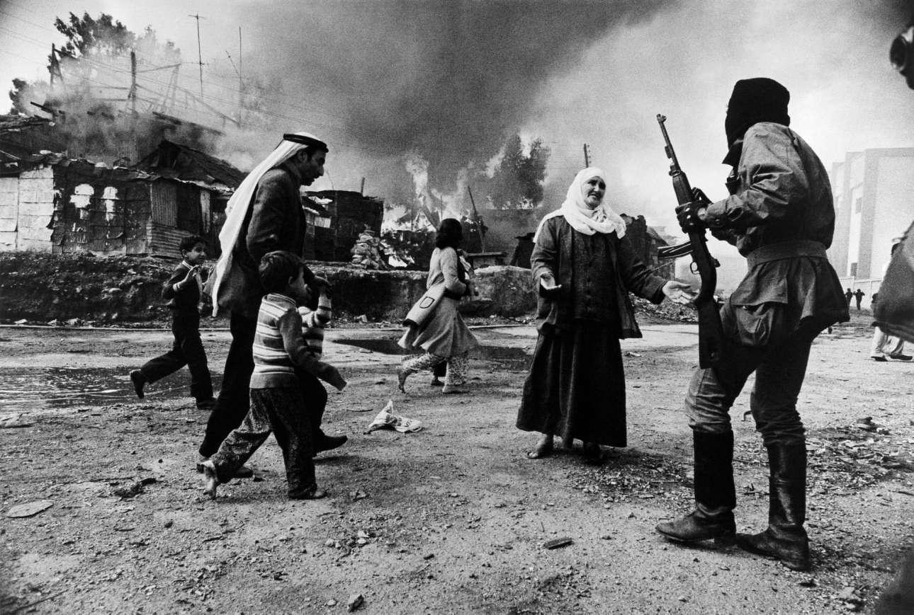 Στη Βηρυτό, κατά τη διάρκεια του Εμφυλίου Πολέμου του Λιβάνου, το 1976