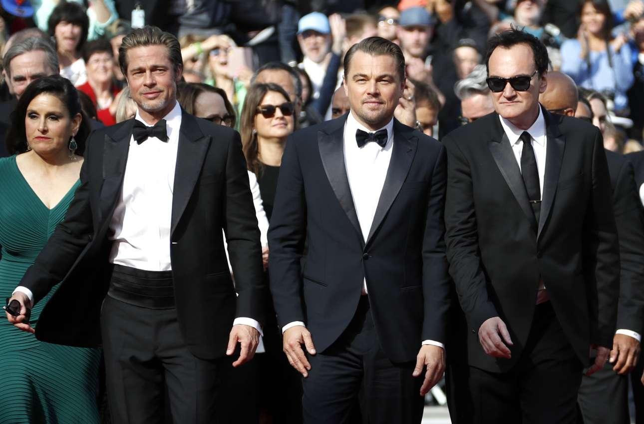 Ο Κουέντιν Ταραντίνο με τους ηθοποιούς Μπραντ Πιτ και Λεονάρντο Ντι Κάπριο στο κόκκινο χαλί του φεστιβάλ των Καννών για την προβολή της νέας ταινίας του σκηνοθέτη «Once Upon a Time in Hollywood» η οποία συμμετέχει στο επίσημο διαγωνιστικό τμήμα