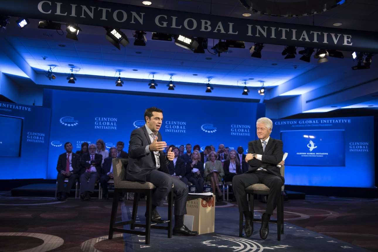 Σεπτέμβριος 2015. Μία εβδομάδα μετά τη δεύτερη νίκη του στις εκλογές, «εξηγεί» στον Μπιλ Κλίντον το σχέδιό του – ο 42ος πρόεδρος των ΗΠΑ προσπαθεί να καταλάβει