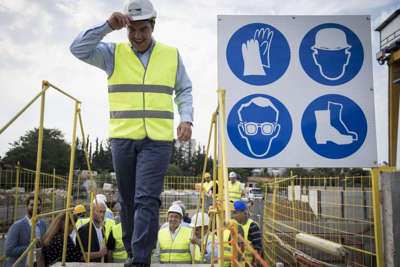 Σεπτέμβριος 2016. Ο Αλέξης -«είμαι μηχανικός και ξέρω»- Τσίπρας επισκέπτεται τον υπό κατασκευή σταθμό του Μετρό Θεσσαλονίκης