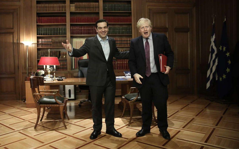 Απρίλιος 2017. Υποδέχεται στο Μαξίμου τον Μπόρις Τζόνσον, τότε υπουργό Εξωτερικών της Βρετανίας