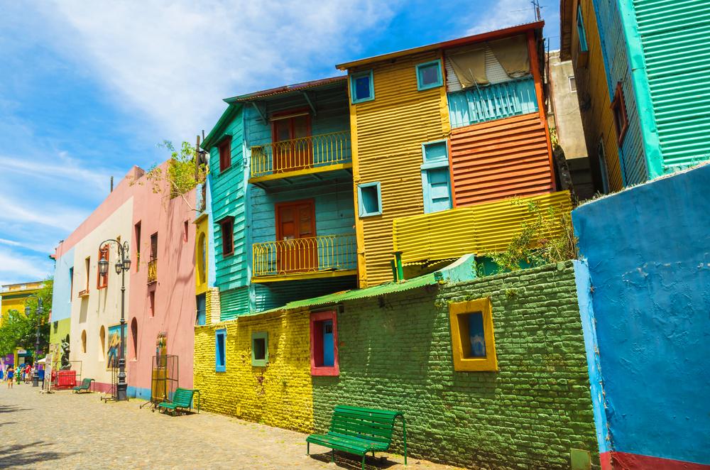 Η έντονα χρωματιστή συνοικία του Μπουένος Αϊρες, Λα Μπόκα