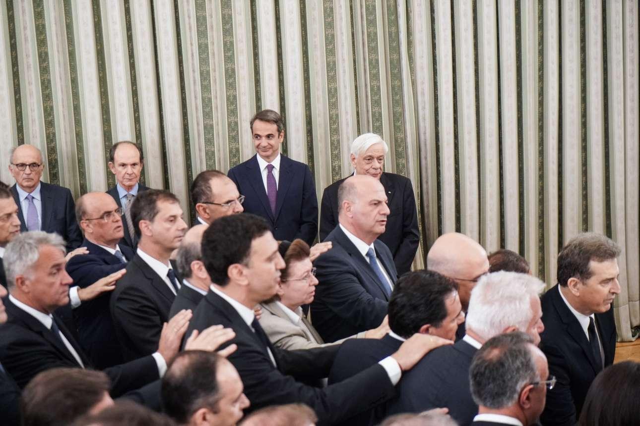 Υπουργοί και υφυπουργοί ορκίζονται υπό το βλέμμα του Πρωθυπουργού και του Προέδρου της Δημοκρατίας