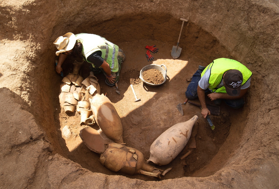 Tο εργοστάσιο στη Βαρκελώνη έκλεισε, αλλά δεν θα γίνει πολυτελές εστιατόριο, ούτε... «καλλιτεχνικός πολυχώρος»: βρέθηκαν αρχαιότητες και οι αρχαιολόγοι ανέλαβαν δράση