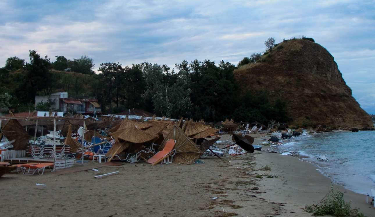 Καταστροφές στην παραλία της Βέργιας