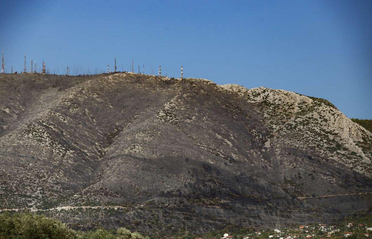 Η έκταση της καταστροφής στην ανατολική πλαγιά του Υμηττού