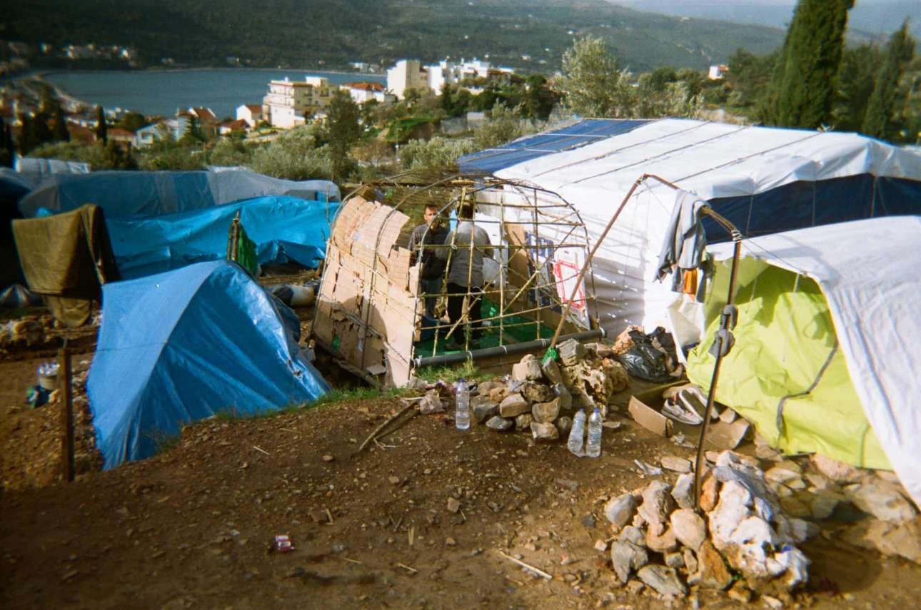 «Πώς οι άνθρωποι χτίζουν το σπίτι τους στη ζούγκλα», Μαχντί, 15 ετών