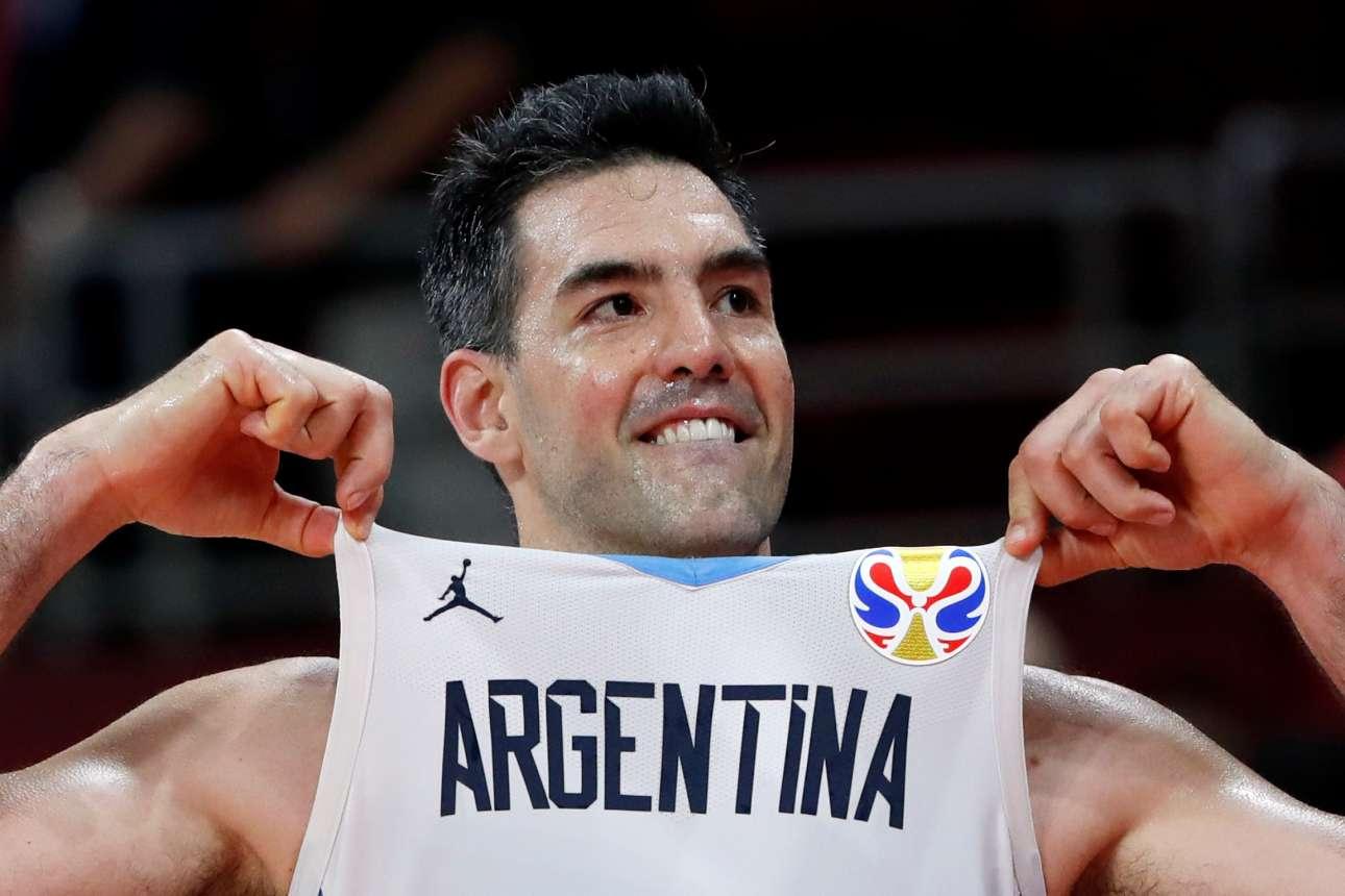 O αθλητικός πρωταγωνιστής της εβδομάδας: Λουίς Σκόλα, ετών 39. Ο άνθρωπος που έστειλε την Αργεντινή στον τελικό του Παγκοσμίου Κυπέλλου Μπάσκετ, στην Κίνα