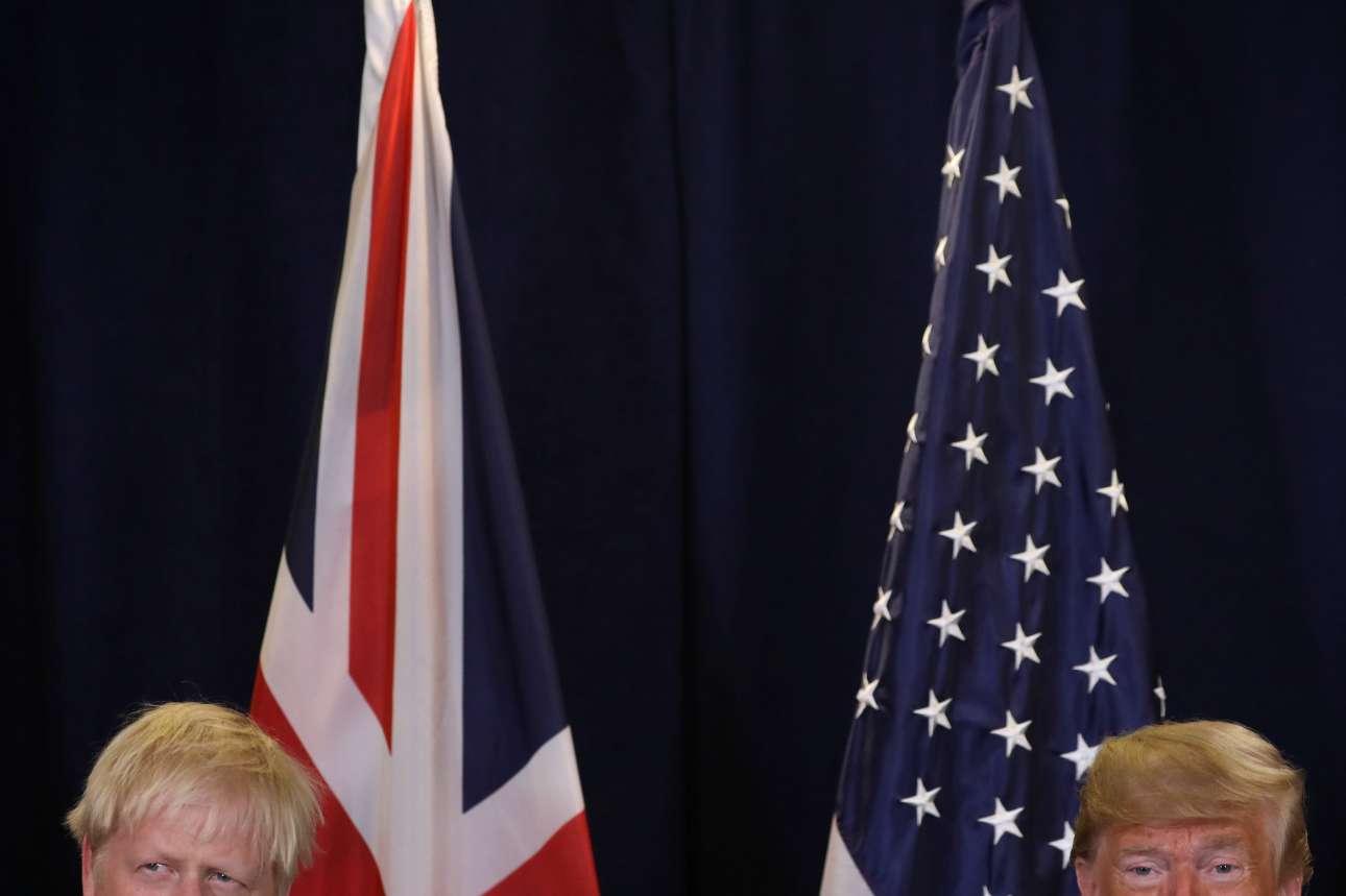 Talking Heads: Ο βρετανός και ο αμερικανός ηγέτης κάτω από τις σημαίες των κρατών τους