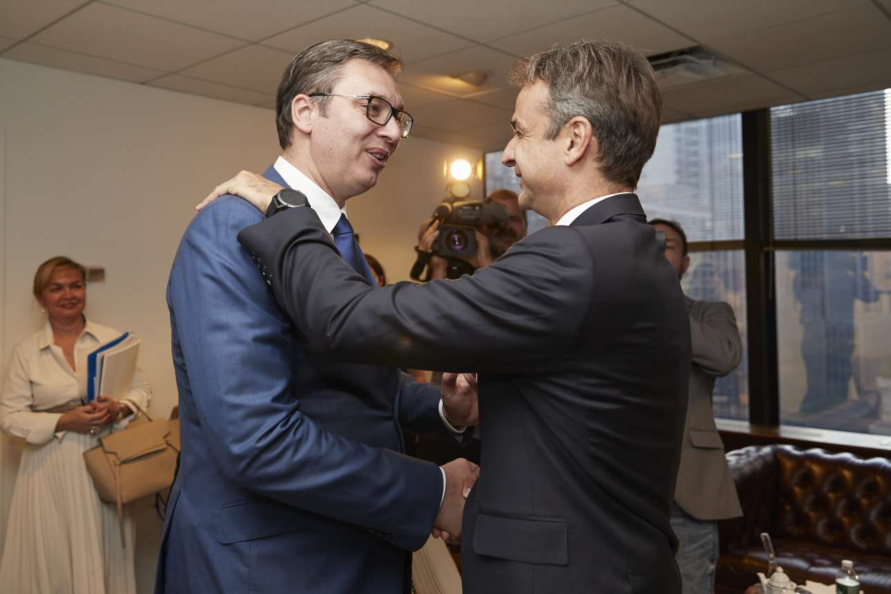 Ο Κυριάκος Μητσοτάκης με τον πρόεδρο της Σερβίας Αλεξάντερ Βούσιτς