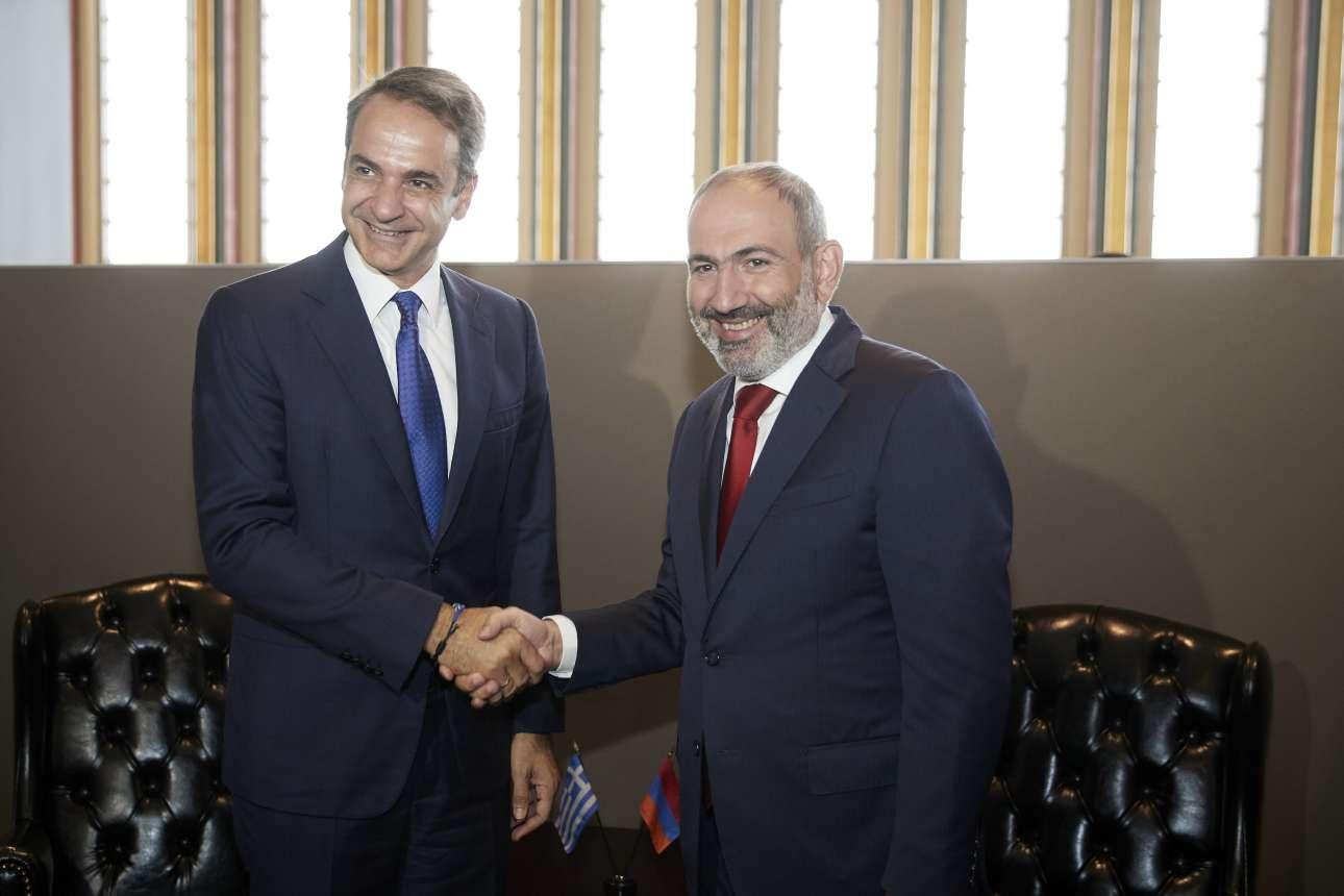 Με τον πρωθυπουργό της Αρμενίας Νικόλ Πασινιάν την Τετάρτη 25 Σεπτεμβρίου