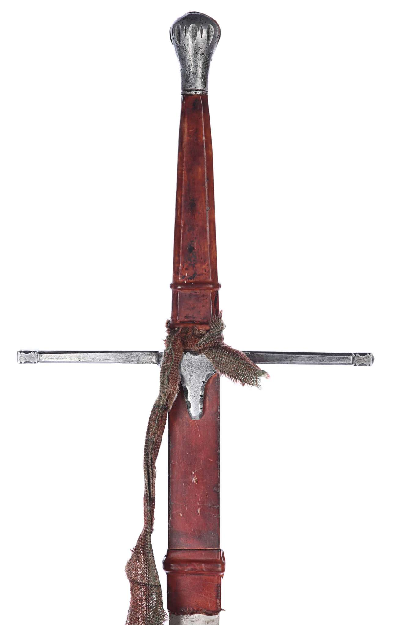 Το σπαθί που κράδαινε στον αέρα ο Μελ Γκίμπσον ως Γουίλιαμ Γουάλας στο «Braveheart» υπολογίζεται πως θα «πιάσει» τα 50.000 ευρώ