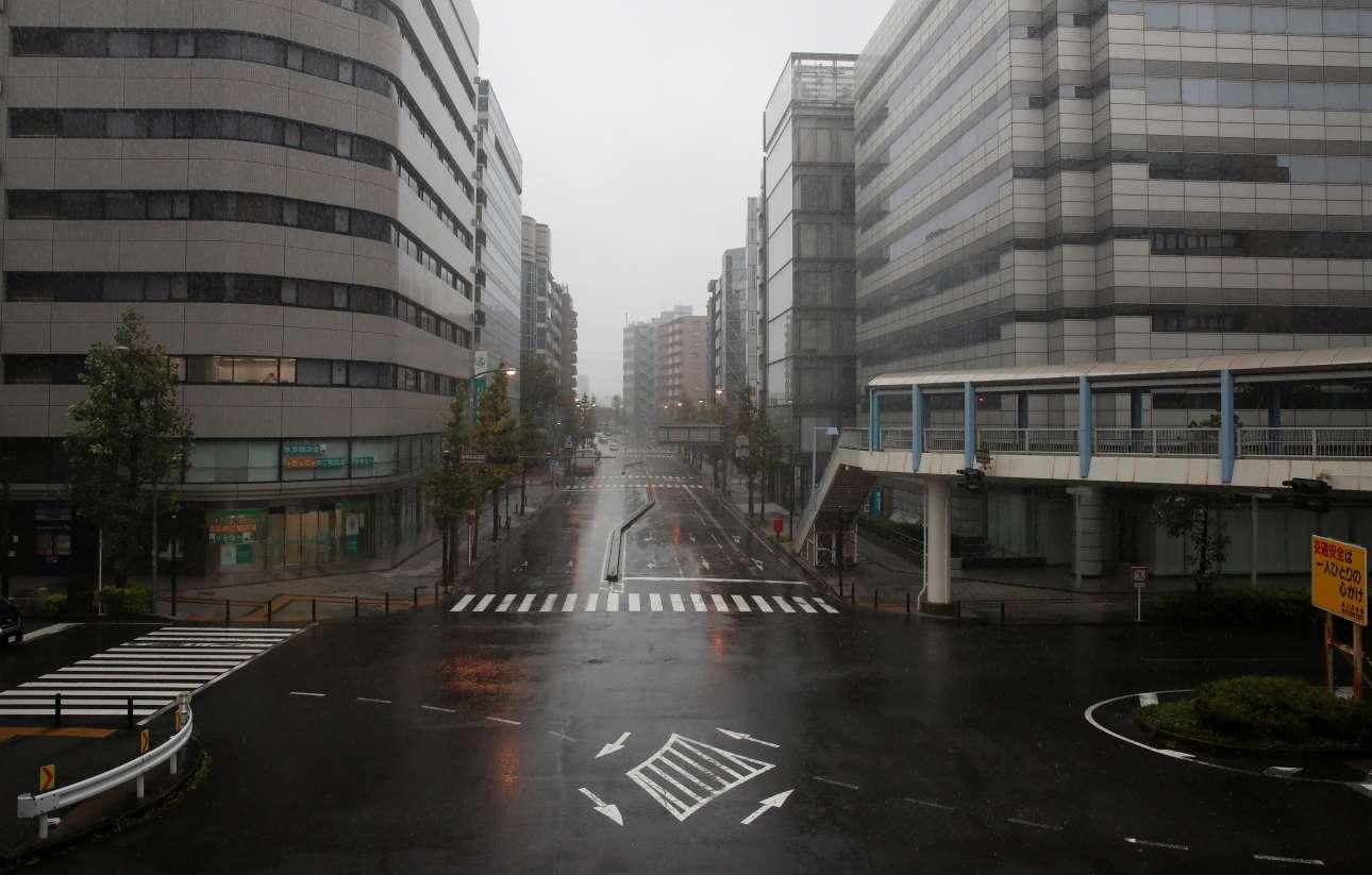 Ερημοι δρόμοι το πρωί του Σαββάτου στη Γιοκοχάμα