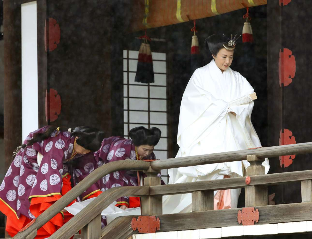 Η Μασάκο οδεύει προς την αίθουσα του θρόνου, στο παλάτι