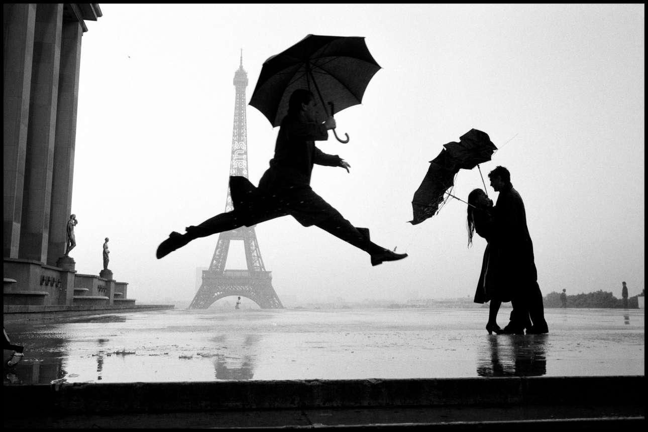 Παρίσι, Γαλλία, 1989. «Γιατί αυτός ο μυστηριώδης άλτης πηδάει;… Γιατί του το ζήτησα»