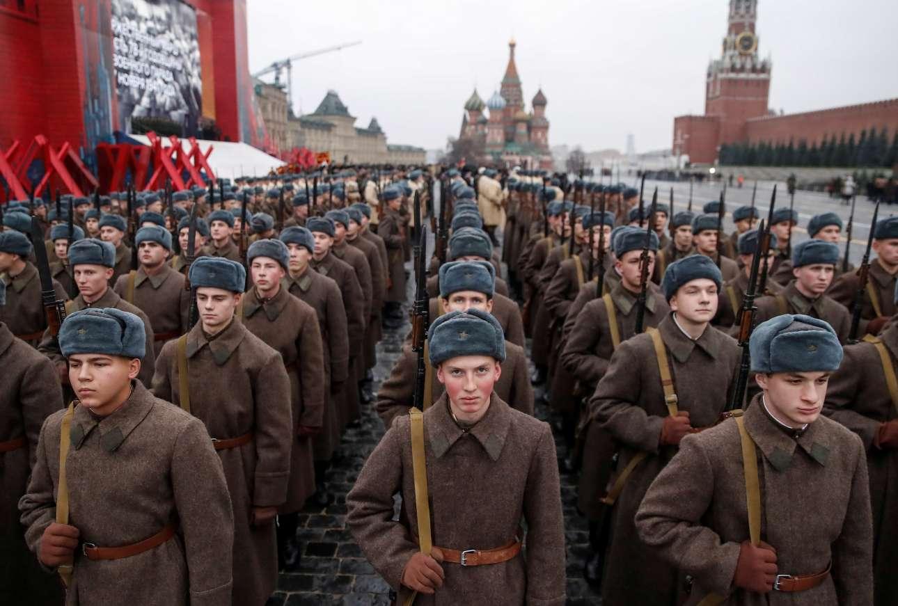 Ακόμη και οι ηλικίες των ανδρών που συμμετείχαν είχαν μελετηθεί ώστε να αντιπροσωπεύουν με τον καλύτερο δυνατό τρόπο το σοβιετικό στράτευμα