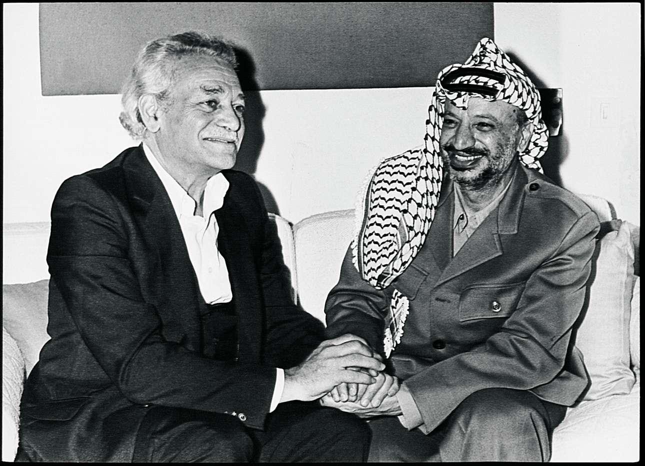 Με τον εμβληματικό ηγέτη των Παλαιστινίων Γιάσερ Αραφάτ τη δεκαετία του 1980