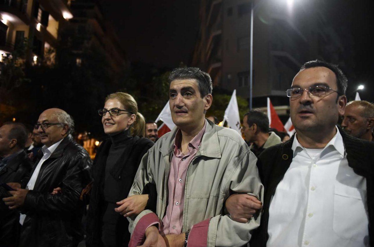 Και οι βουλευτές Βορείου Ελλάδος στον δρόμο: Από αριστερά Γιάννης Αμανατίδης, Δώρα Αυγέρη και Χρήστος Γιαννούλης