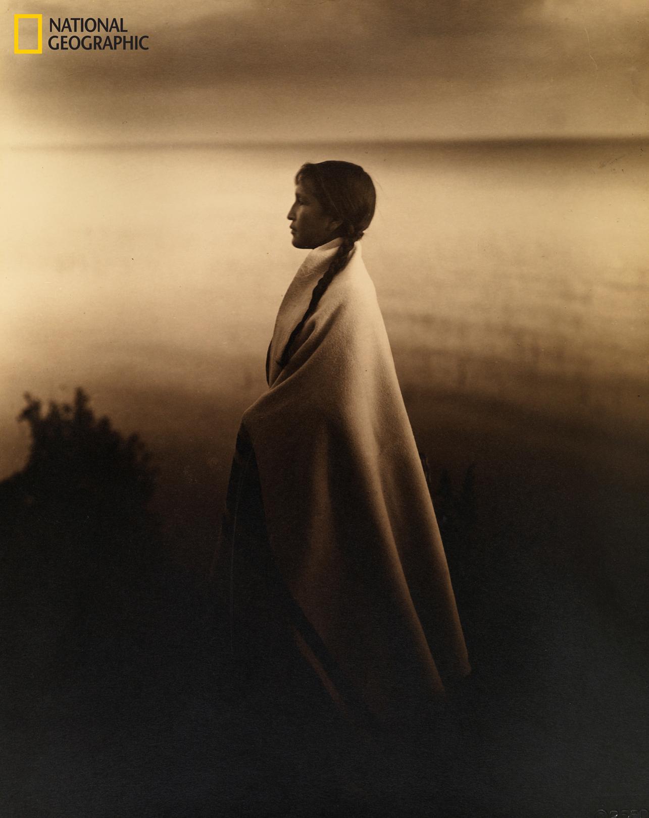 Πορτρέτο κοριτσιού της ινδιάνικης φυλής Οτζιμπγουέϊ ή Τσιπεούα