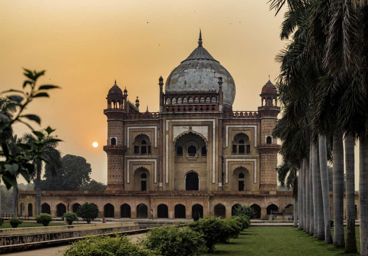 Ο Μπασάρ Ταμπάχ μπήκε στους φιναλίστ με ακόμη μια φωτογραφία από τον τάφο του Σαφντάρ Γιανγκ στο Νέο Δελχί της Ινδίας, που χτίστηκε το 1754 και είναι δείγμα της αρχιτεκτονικής των Μογγόλων