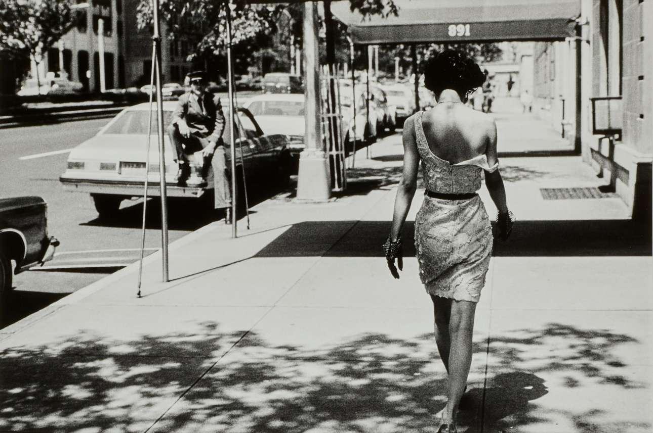 Παρκ Αβενιου, Νέα Υορκη, 1981. «Η δουλειά του Ελγκορτ εκτελείται με την ταχύτητα του ενστίκτου» είχε πει για τον φωτογράφο ο διάσημος μουσικός της τζαζ Γουΐντον Μαρσάλις