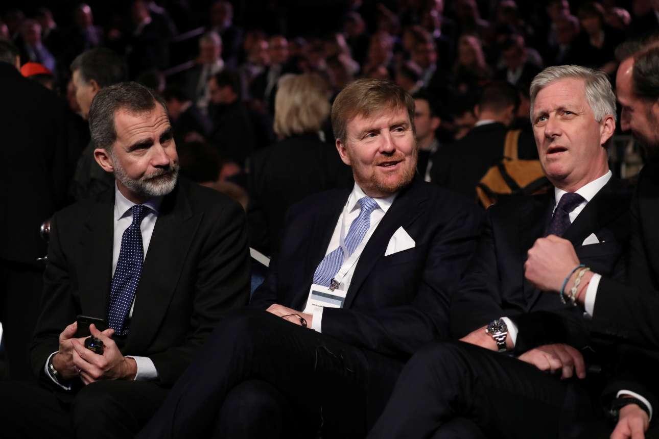 Και βασιλικό «παρών» στο Ισραήλ: ο Φίλιππος της Ισπανίας (αριστερά), με τον Γουλιέλμο-Αλέξανδρο της Ολλανδίας δίπλα του και τον Φίλιππο του Βελγίου