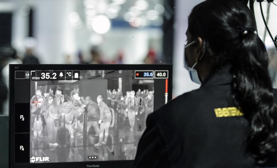 Αεροδρόμιο της Κουάλα Λουμπούρ, στη Μαλαισία: θερμικός έλεγχος επιβατών εξαιτίας του νέου κινεζικού κοροναϊού