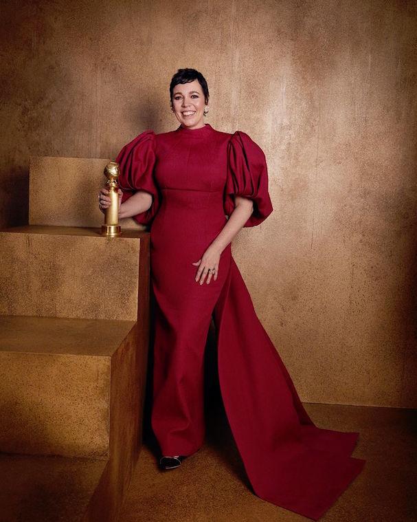Η Ολίβια Κόλμαν συνεχίζει να συλλέγει βραβεία. Αυτή τη φορά τιμήθηκε για την ερμηνεία της στη σειρά «The Crown»