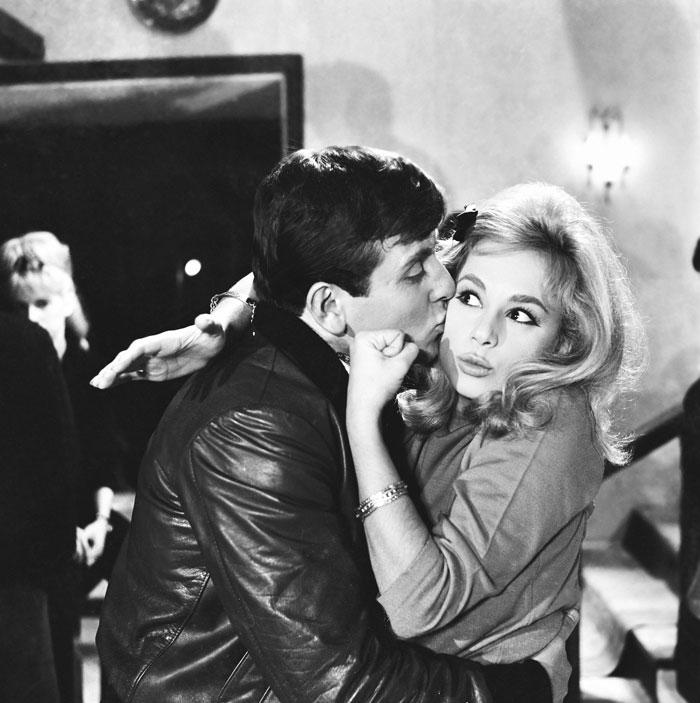 Ξανά με την Αλίκη στην «Ψεύτρα» (1963)