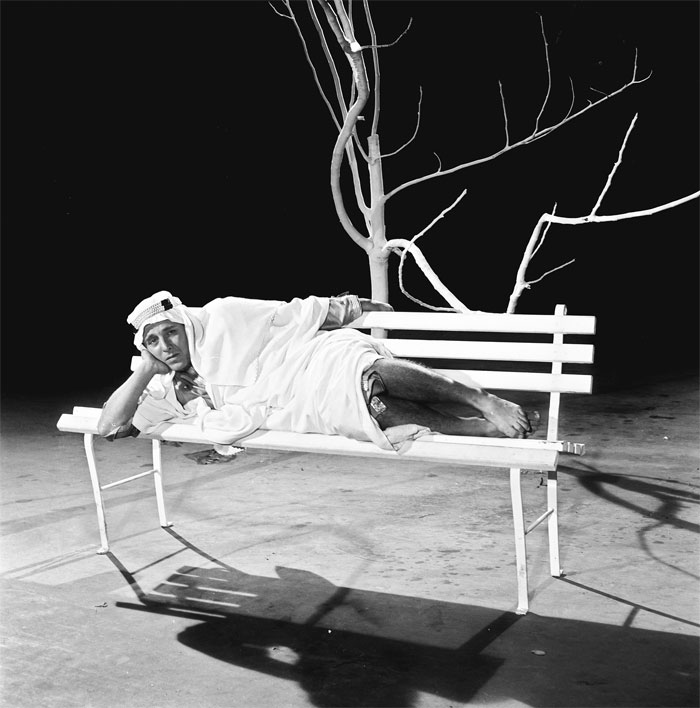 Σκηνή από τα γυρίσματα του φιλμ «Ο Ξυπόλητος Πρίγκηψ» (1966), του Δαλιανίδη