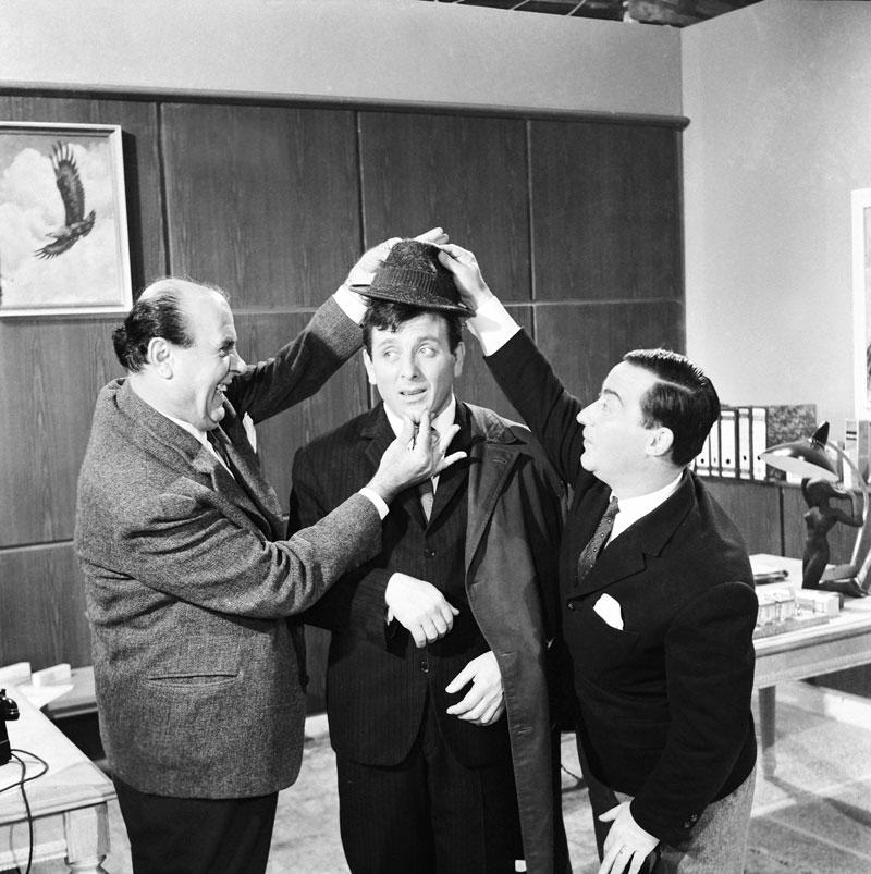Με τον Αυλωνίτη και τον Ρίζο στο «Ενα έξυπνο, έξυπνο μούτρο» (1965) του Δαλιανίδη