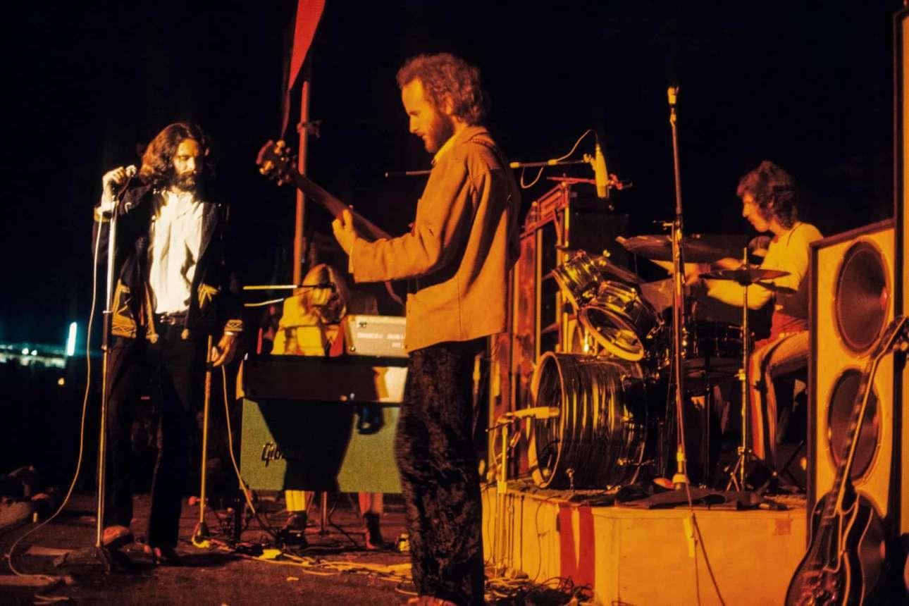 Σύμφωνα με τον Μπράιαν Χίλτον, που έχει γράψει βιβλίο για το Φεστιβάλ της Νήσου Ουάιτ, το show των «Doors» ήταν μία αξέχαστη εμπειρία, καθώς οι θρύλοι του ψυχεδελικού ροκ ήταν, αδιαμφισβήτητα, στα καλύτερα τους