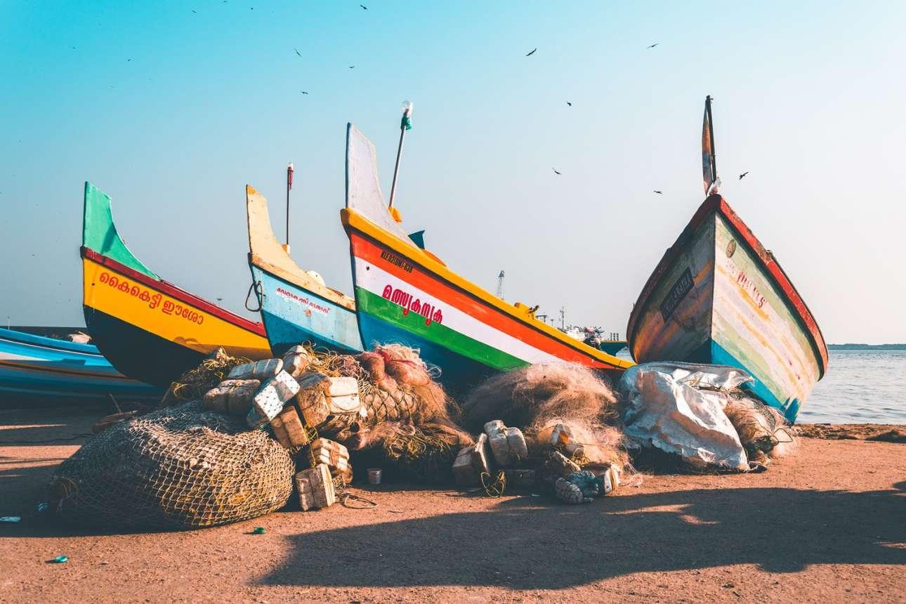 Βραβείο στην κατηγορία «Νεαρός Ταξιδιωτικός Φωτογράφος: 14 ετών και κάτω». «Οι ταπεινοί ψαράδες της Κεράλα στην Ινδία ήταν οι πραγματικοί ήρωες της αποστολής διάσωσης στις πλημμύρες που έπληξαν την πόλη το 2018» μας ενημερώνει η νεαρή φωτογράφος από την Αυστραλία