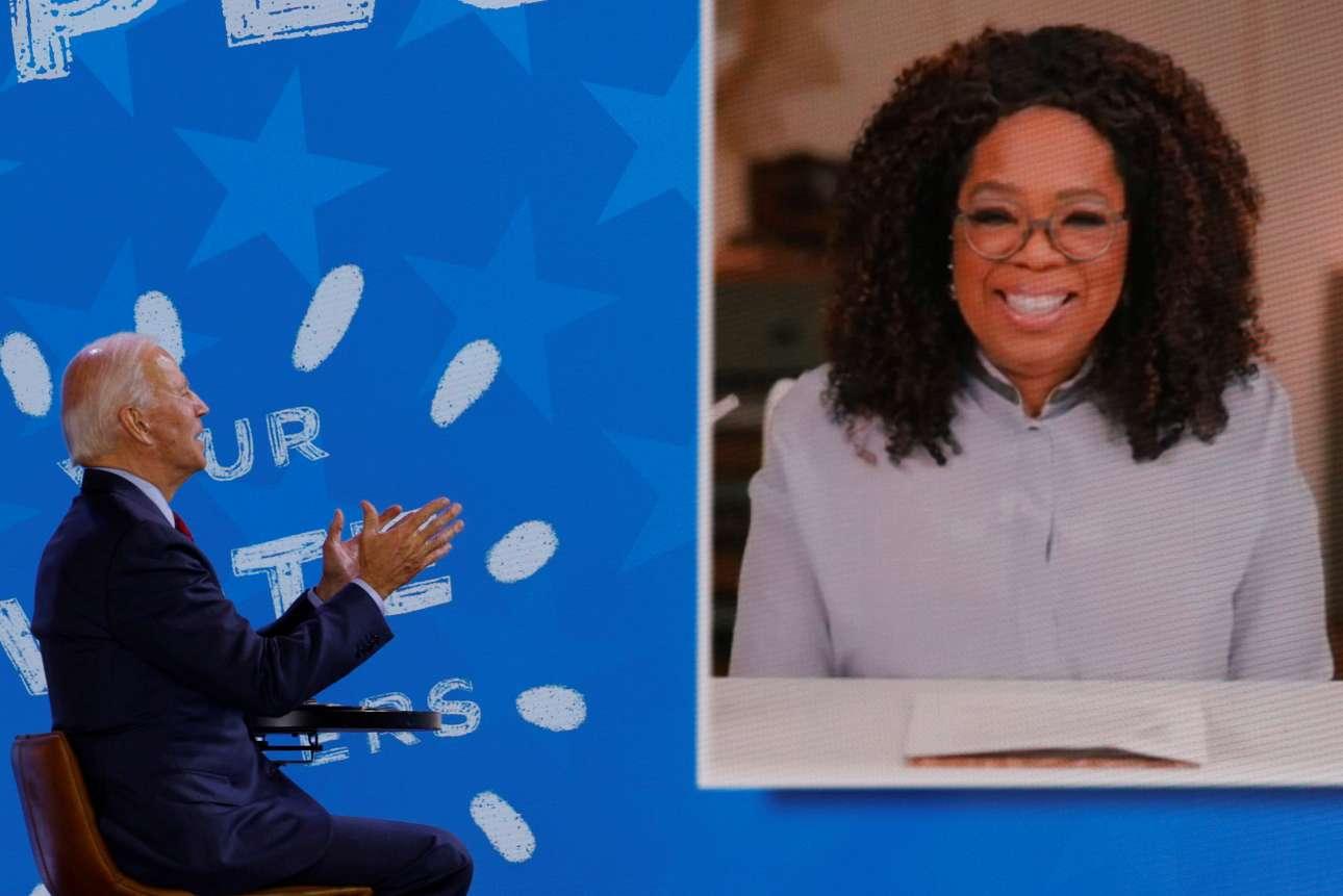 Ο υποψήφιος πρόεδρος των Δημοκρατικών Τζο Μπάιντεν συμμετέχει από το Ντελαγουέρ και με τη βοήθεια της τεχνολογίας σε εκπομπή της Οπρα Γουίνφρεϊ