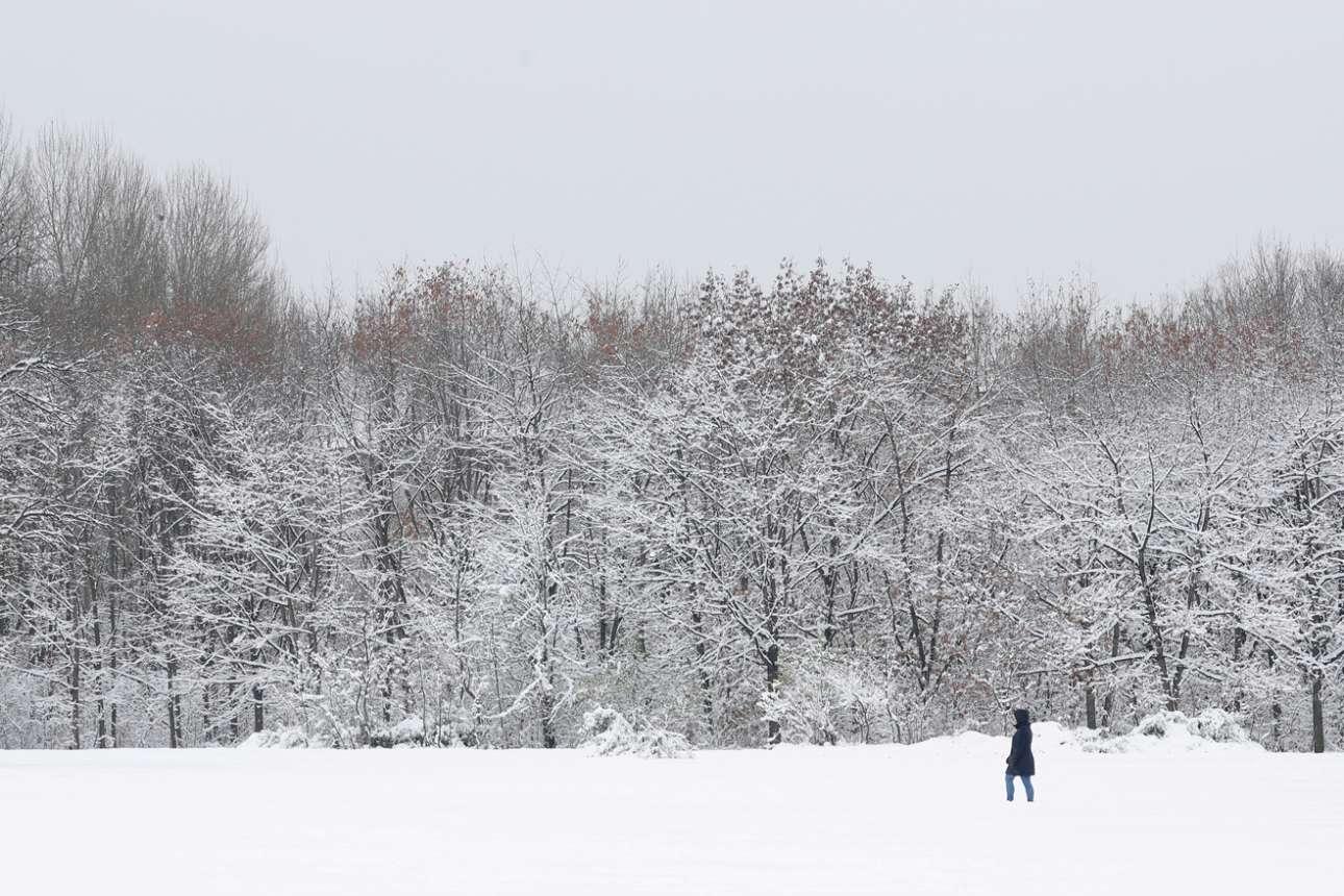 Χιονισμένο τοπίο στη Σόφια, ό,τι πρέπει για έναν μοναχικό χειμερινό περίπατο
