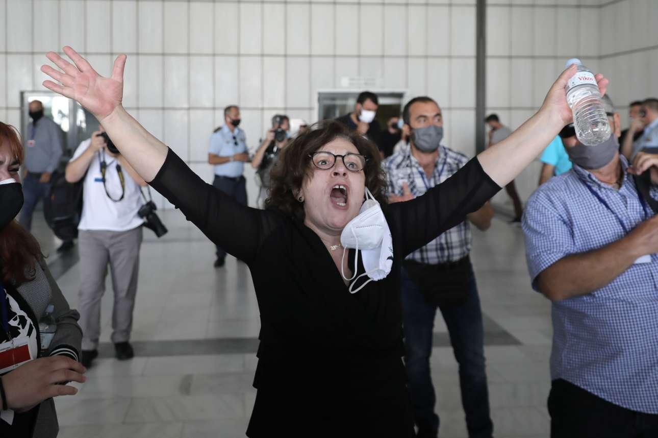 7 Οκτωβρίου 2020. Η στιγμή που ο αγώνας ετών δικαιώνεται. Η Μάγδα Φύσσα πανηγυρίζει την απόφαση του δικαστηρίου στην δίκη της Χρυσής Αυγής. Η απόφαση ακούγεται από τα μεγάφωνα του Εφετείου και πλήθος κόσμου ξεσπά σε πανηγυρισμούς. «Η Χρυσή Αυγή είναι εγκληματική οργάνωση»