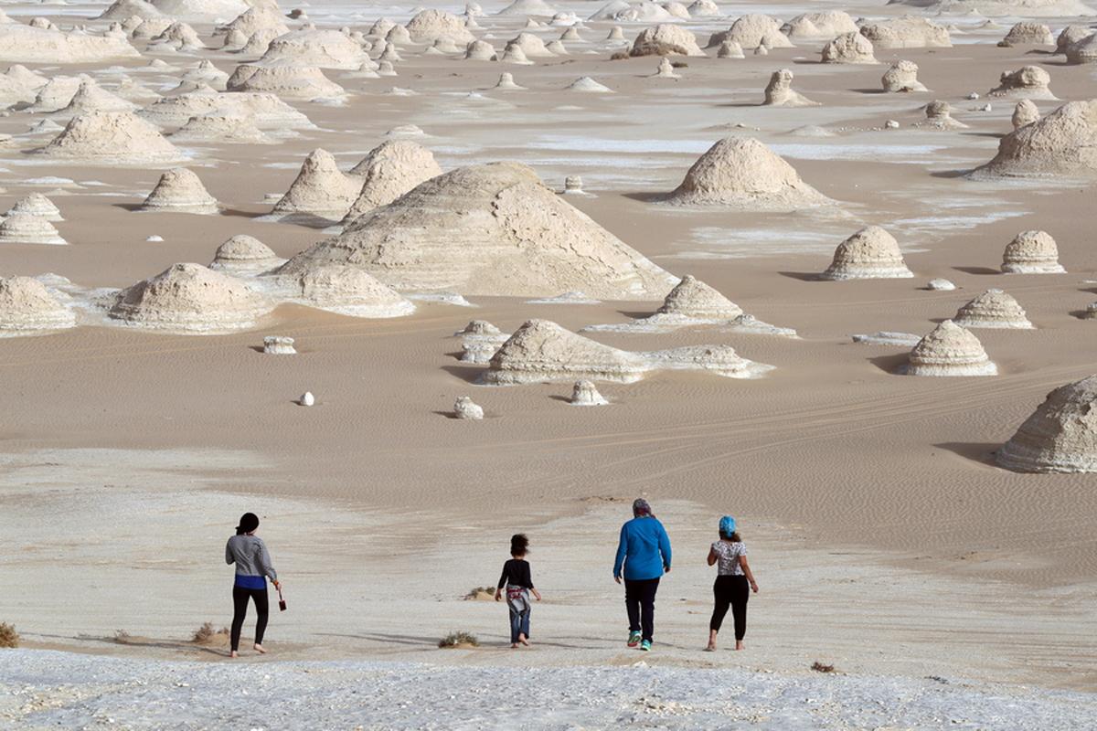 Η Λευκή Ερημος είναι μια προστατευόμενη περιοχή 1.800 τ.χλμ., η οποία κάποτε ήταν συνέχεια της Μεσογείου