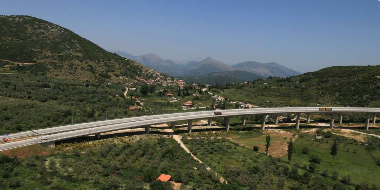Η Εγνατία Οδός είναι το σημαντικότερο οδικό έργο που δημιουργήθηκε με ευρωπαϊκή χρηματοδότηση, συνδέοντας το Ιόνιο με τη Θράκη, αλλάζοντας τη ζωή των ανθρώπων και δημιουργώντας νέα δεδομένα στις μεταφορές