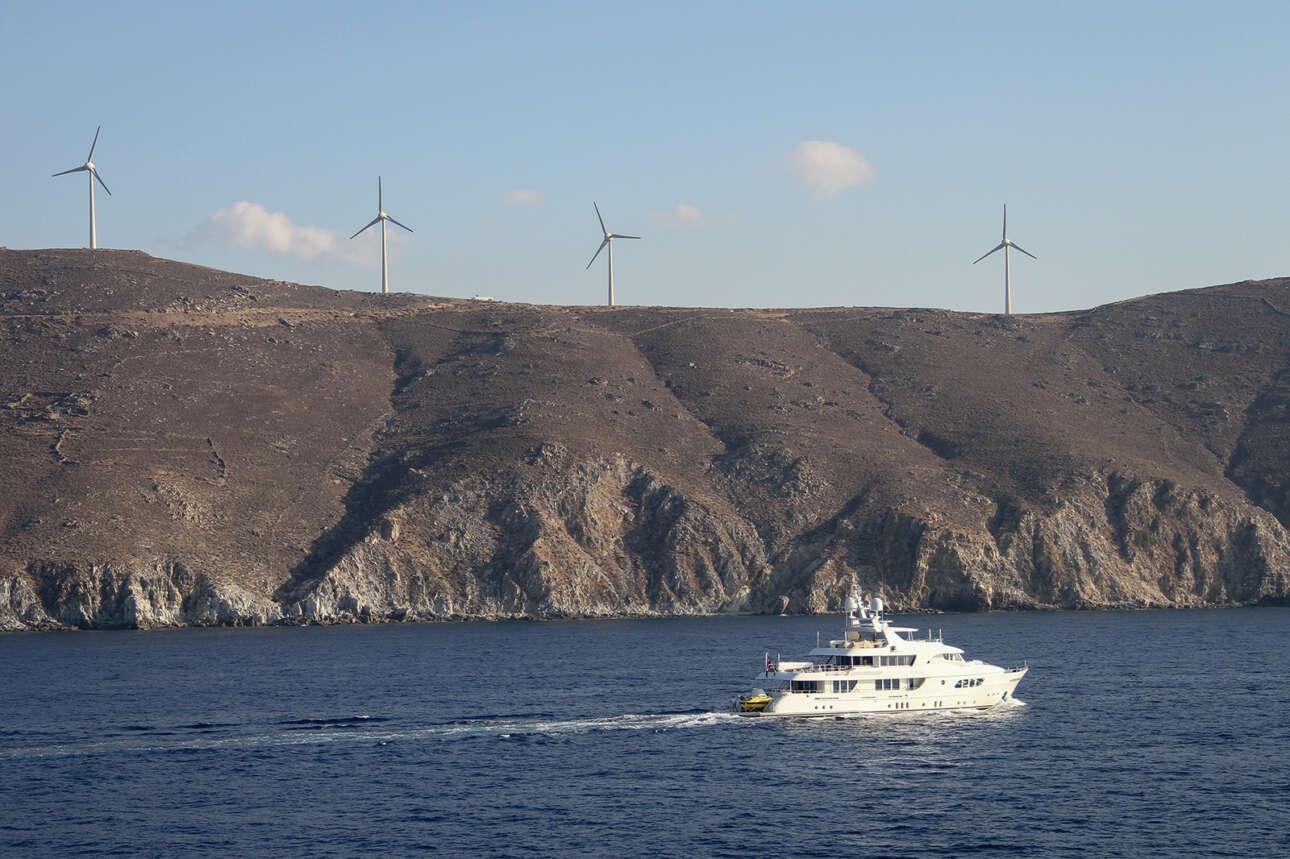 Η Ευρώπη έχει δεμσμευτεί για απαλλαγή από τον άνθρακα ως το 2050. Έτσι χρηματοδοτούνται έργα «πράσινης» ενέργειας, όπως οι ανεμογεννήτριες
