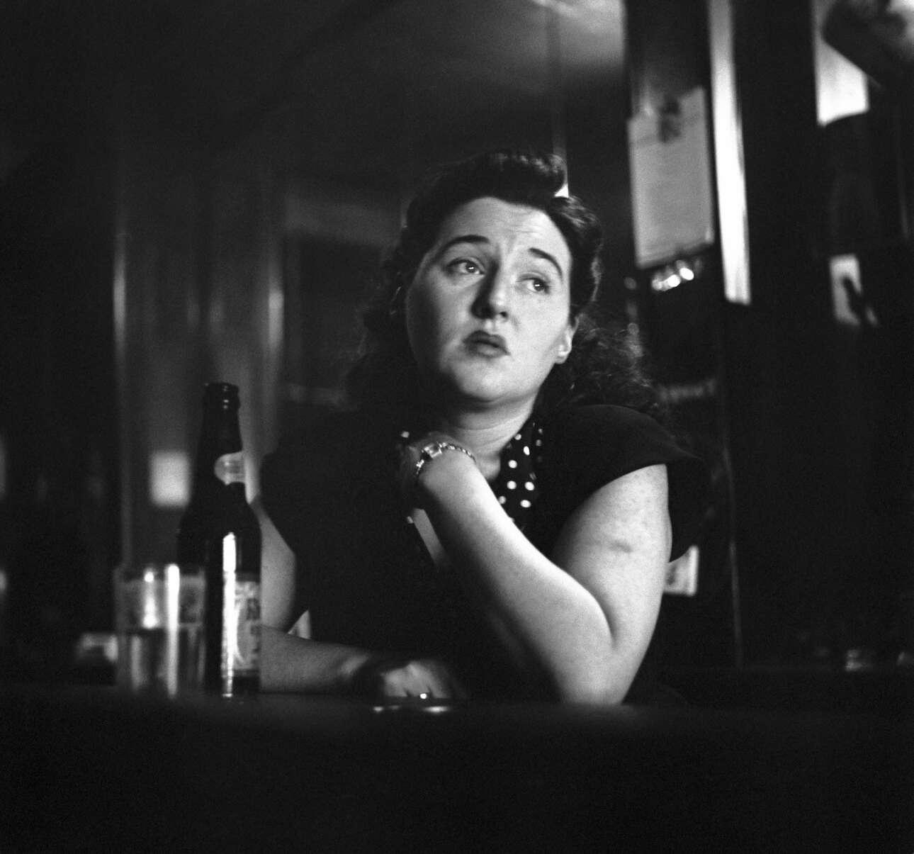 Μία ακόμη μπαργούμαν -στη Νέα Υόρκη του 1950 αυτή τη φορά- κάνει απεργία καθώς οι άνδρες δεν επέτρεπαν την είσοδο γυναικών σε μπαρ