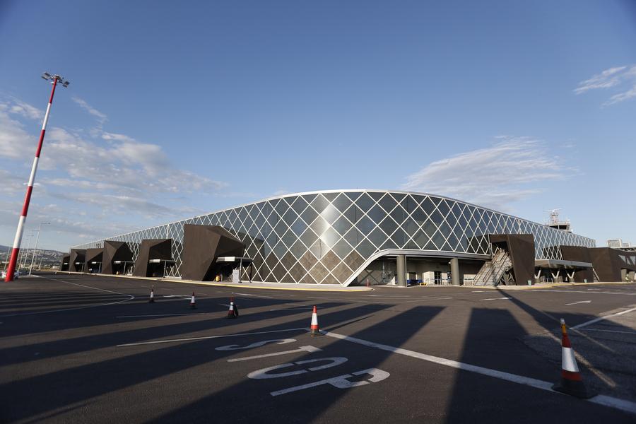 Σαν... βγαλμένος από το μέλλον ο νέος τερματικός σταθμός του αεροδρομίου Μακεδονία