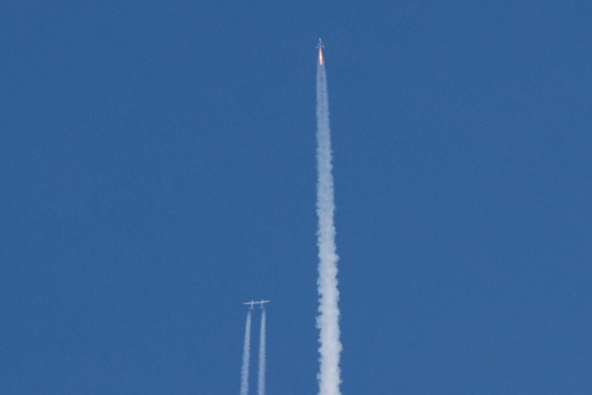 Ο πύραυλος εκτοξεύει το Unity σε ύψος 80 χιλιομέτρων!