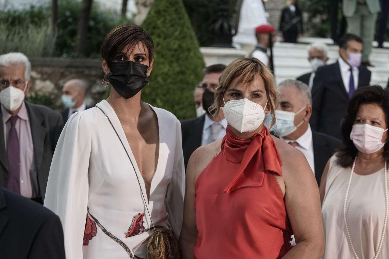 Το ελληνικό #MeToo -Αννα Μαρία Παπαχαραλάμπους και Σοφία Μπεκατώρου- στη δεξίωση