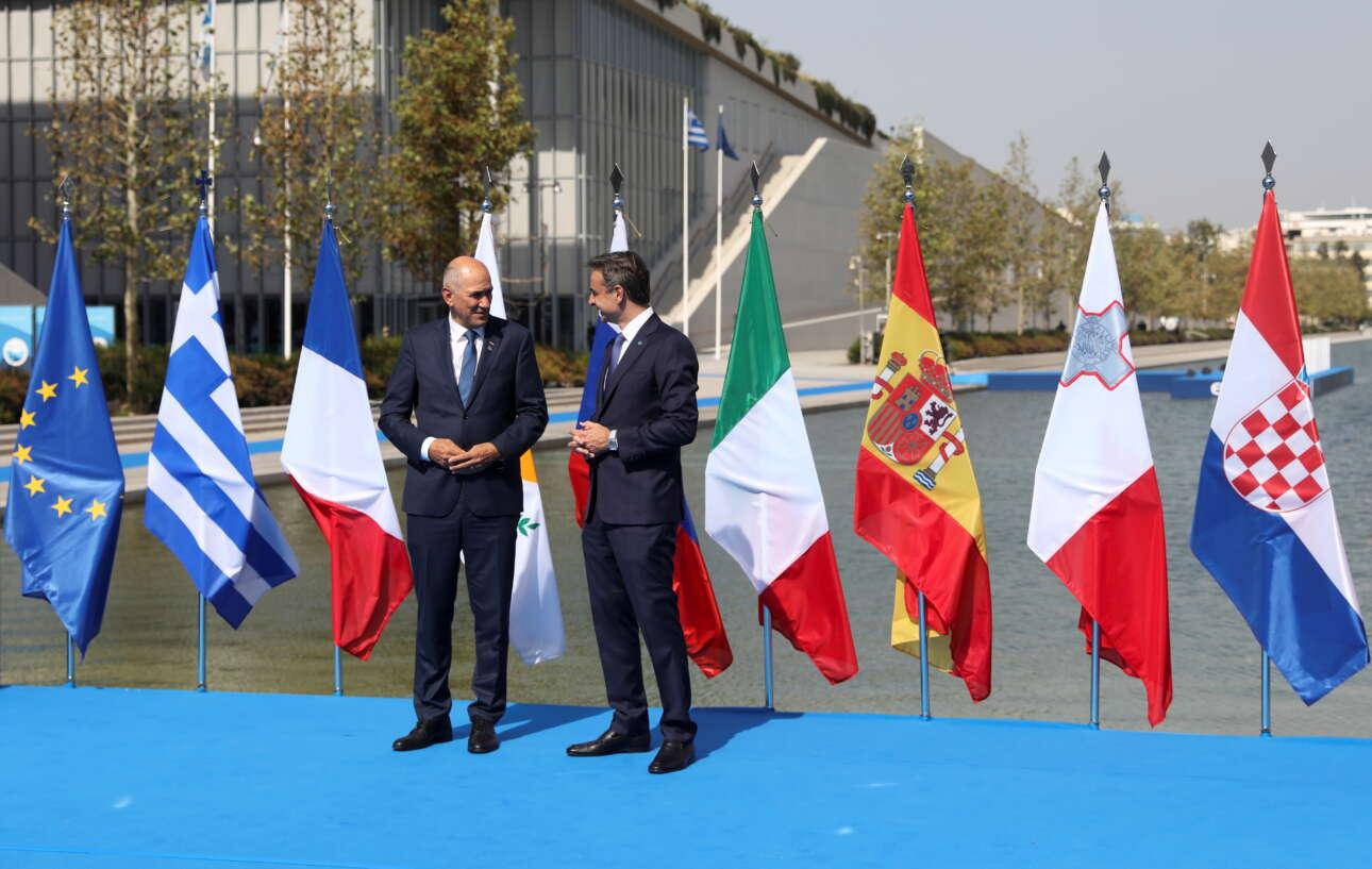 Ο Κυριάκος Μητσοτάκης με τον σλοβένο πρωθυπουργό Γιάνεζ Γιάνσα. Η Σλοβενία, όπως και η Κροατία, δεν ήταν στα αρχικά επτά κράτη-μέλη του MED7, αλλά εξέφρασαν την επιθυμία να συμμετάσχουν στο λόμπι